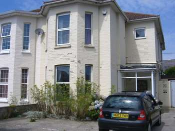 1 Bedroom Semi Detached House for rent in Southcote Road, Bournemouth