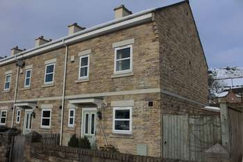 4 Bedrooms House for sale in Station Road, High Peak