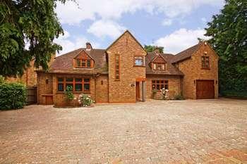 7 Bedrooms Detached House for sale in The Warren, Radlett