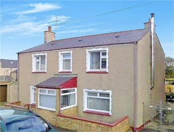 3 Bedrooms Detached House for sale in Maeshyfryd Road, HOLYHEAD, Anglesey