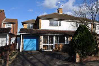 3 Bedrooms Semi Detached House for sale in Molesey Road, West Molesey