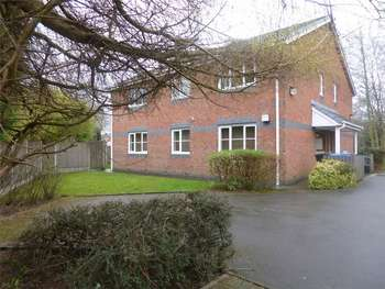2 Bedrooms Flat for sale in Rosefield Close, Davenport, Stockport, Cheshire