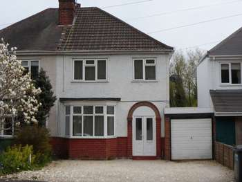 3 Bedrooms Semi Detached House for sale in Henwood Road, Wolverhampton