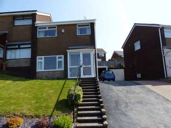 3 Bedrooms Semi Detached House for sale in Saffron Drive, Moorside