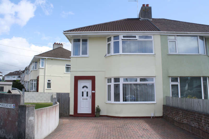 3 Bedrooms Semi Detached House for sale in Reigate Road, Plymstock.