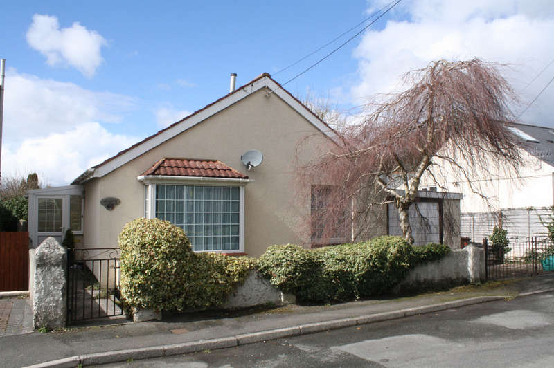 2 Bedrooms Detached Bungalow for sale in Rocky Park Road, Plymstock.