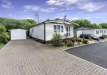 2 Bedrooms Detached Bungalow for sale in Little Dawley Close, Severn Gorge Park, Madeley, Telford, Shropshire.
