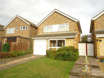 3 Bedrooms Detached House for rent in Broughton Avenue, Luton
