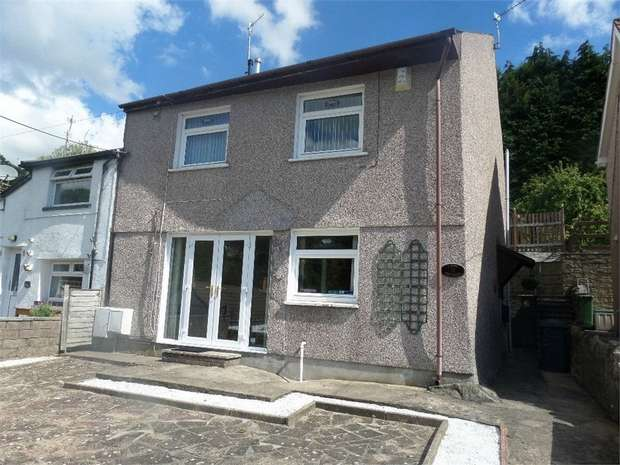 2 Bedrooms Semi Detached House for sale in Viaduct Road, Garndiffaith, Pontypool