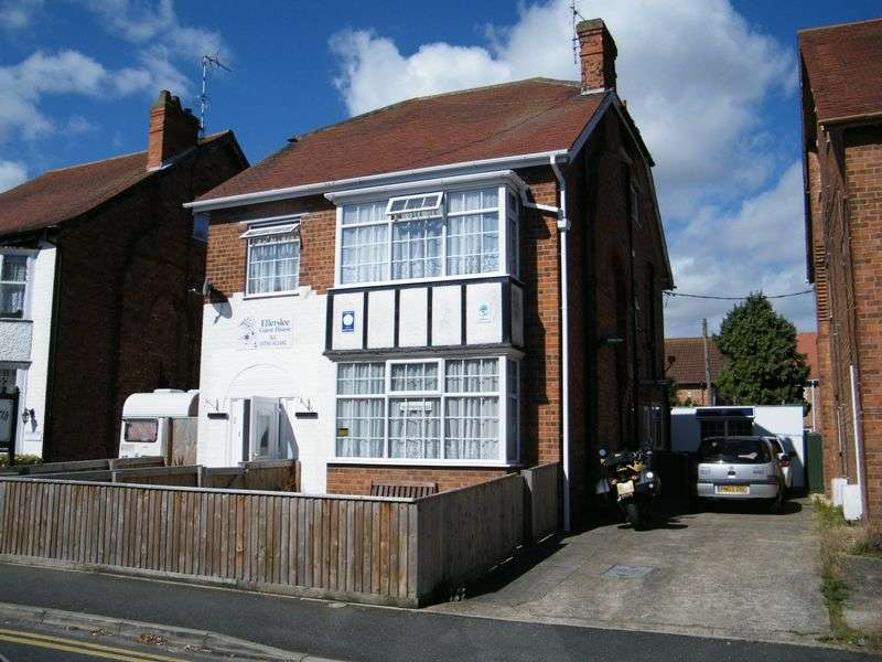 Property for sale in Glentworth Crescent, Skegness