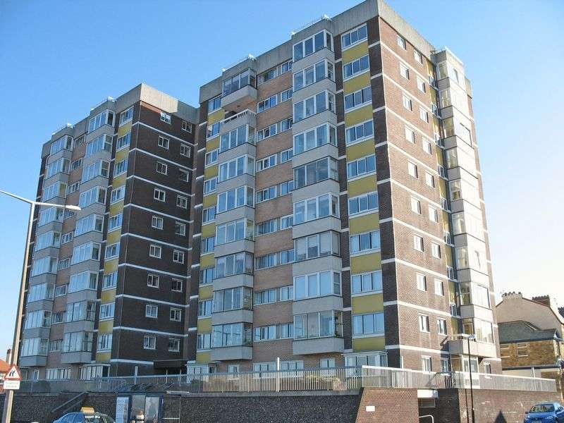 1 Bedroom Flat for sale in Lakeland House, Marine Road East, Bare, Morecambe