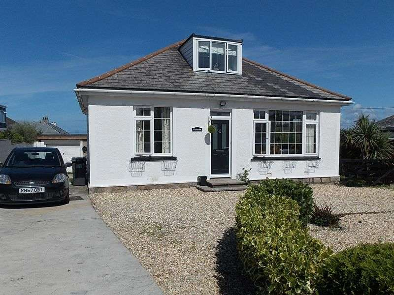 4 Bedrooms Detached Bungalow for sale in Alexandra Road, St. Ives