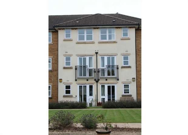 1 Bedroom Flat for sale in Latteys Close, Cardiff, South Glamorgan