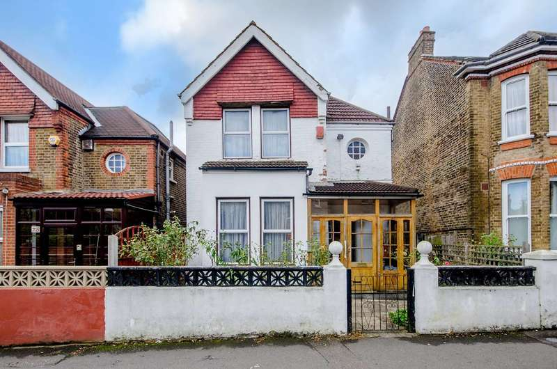 3 Bedrooms House for sale in St Julians Farm Road, West Norwood, SE27