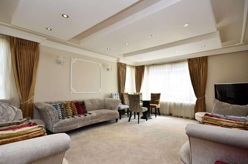 3 Bedrooms Flat for sale in The Water Gardens, Hyde Park Estate, W2