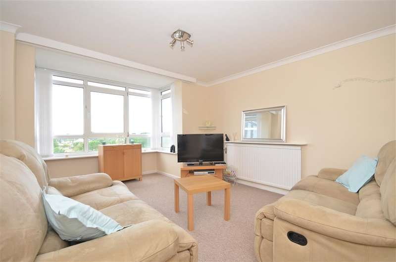 2 Bedrooms Apartment Flat for sale in Clarence Parade, Southsea, Hampshire