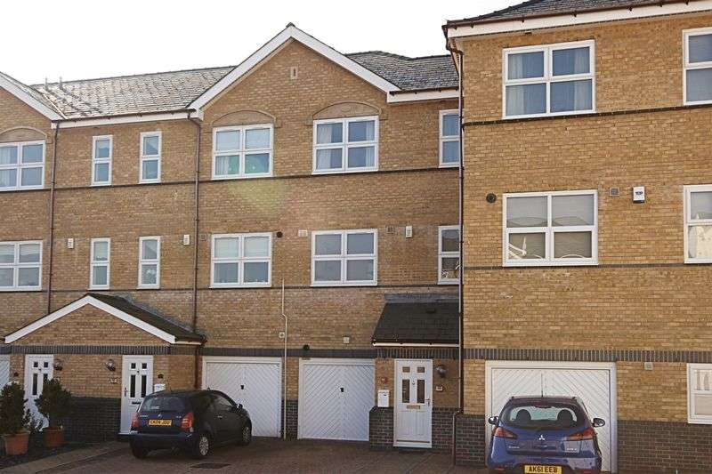 2 Bedrooms Terraced House for sale in Stow Hill, Newport