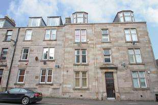 2 Bedrooms Flat for sale in South Street, Greenock