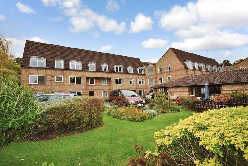 1 Bedroom Retirement Property for sale in Homewillow Close, Winchmore Hill, N21 2HJ