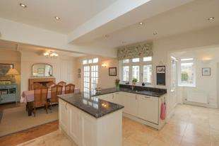 4 Bedrooms House for sale in Ovingdean Road, Ovingdean, Brighton, East Sussex