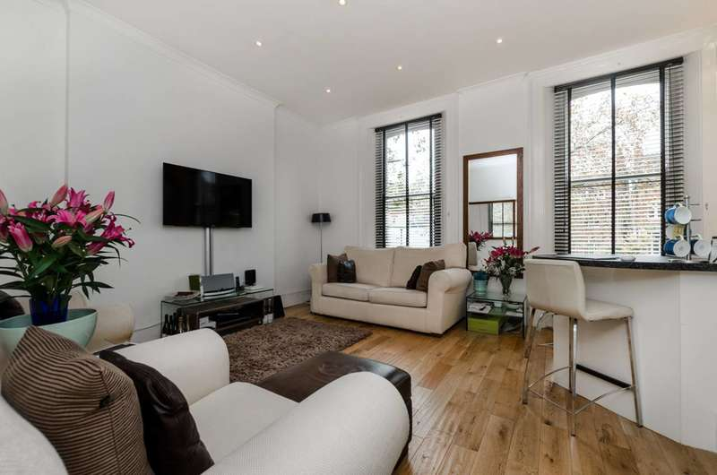 1 Bedroom Flat for sale in Rosslyn Mews, Hampstead, NW3