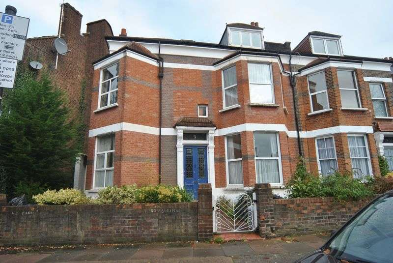 2 Bedrooms Flat for sale in Hornsey Rise Gardens, N19