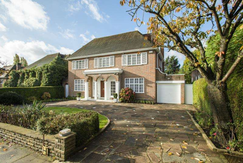 6 Bedrooms Detached House for sale in Winnington Road, Hampstead Garden Suburb