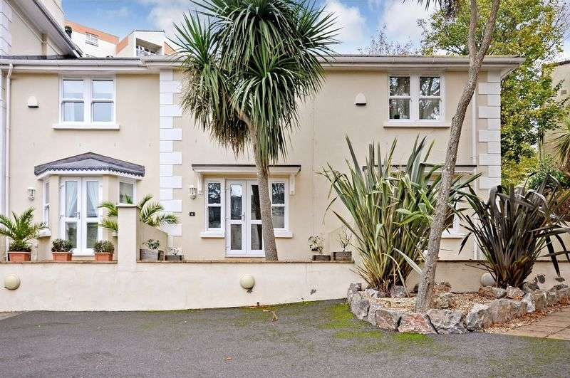 2 Bedrooms Terraced House for sale in Torwood Gardens Road, Torquay