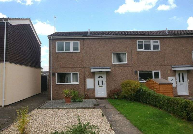 2 Bedrooms Terraced House for sale in A nice sized two double bedroom house with parking, gardens and large Kitchen/Dining Room.