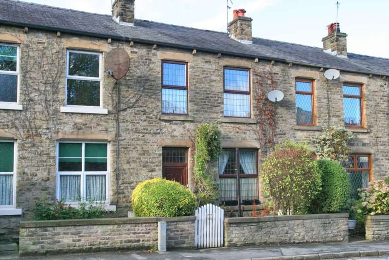 3 Bedrooms House for sale in Wellington Road, Bollington
