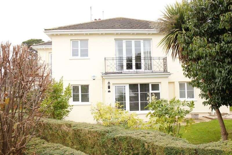 2 Bedrooms Flat for sale in Bowling Green Close, Aldwick Bay Private Estate, PO21