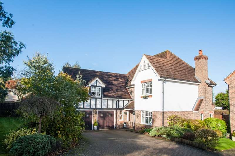 5 Bedrooms Detached House for sale in Rickmansworth Road, Chorleywood, Hertfordshire, WD3