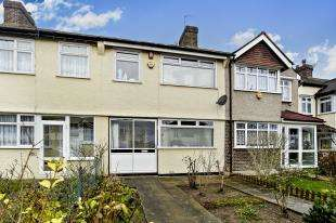 5 Bedrooms Terraced House for sale in Clock House Road, Beckenham, .