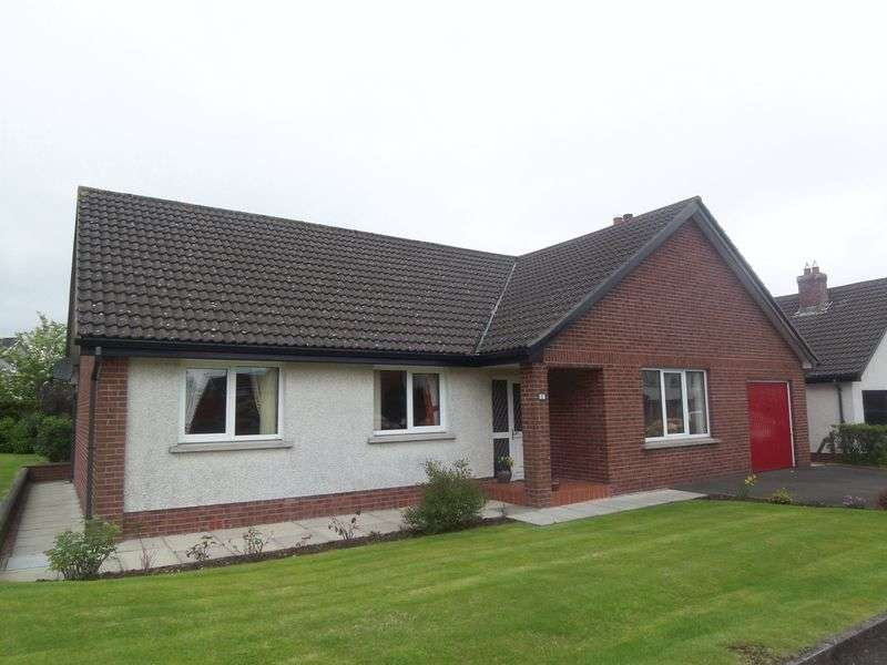 5 Bedrooms Bungalow for sale in 11 Ashdene Road, Moneyreagh, BT23 6DD