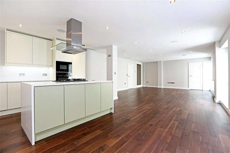 3 Bedrooms Flat for sale in Goswell Road, Finsbury, EC1V