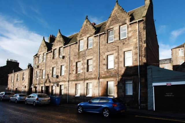 2 Bedrooms Flat for sale in Somerville Street, Burntisland, Fife, KY3 9DG