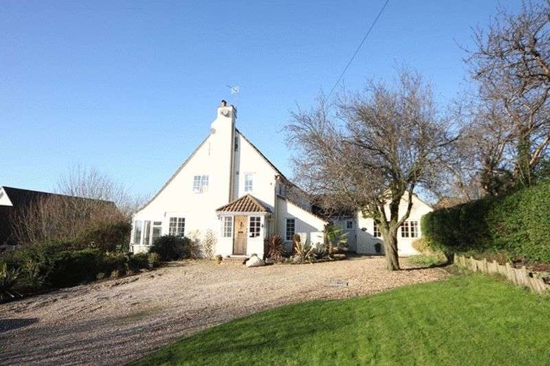 5 Bedrooms Detached House for sale in Farr Hall Drive, Lower Heswall, Wirral