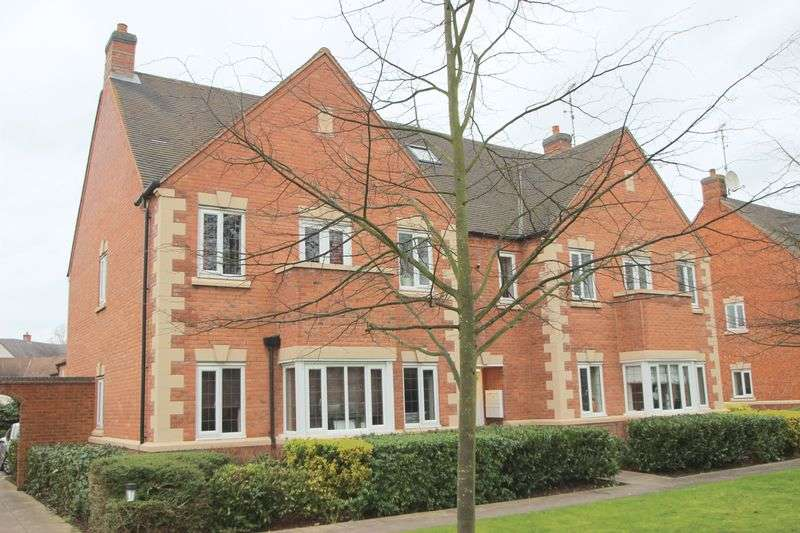 2 Bedrooms Flat for sale in Coopers Close, Stratford-Upon-Avon