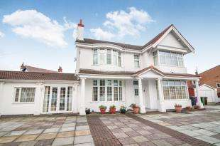 8 Bedrooms Detached House for sale in Burbo Crescent, Blundellsands, Liverpool, Merseyside, L23