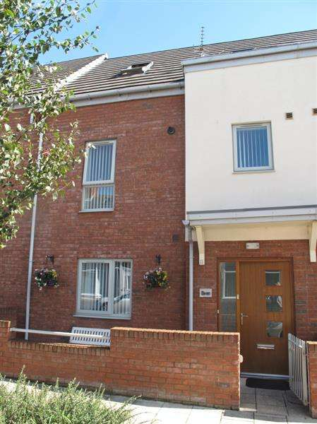 3 Bedrooms Terraced House for sale in Bolingbroke Street, South Shields