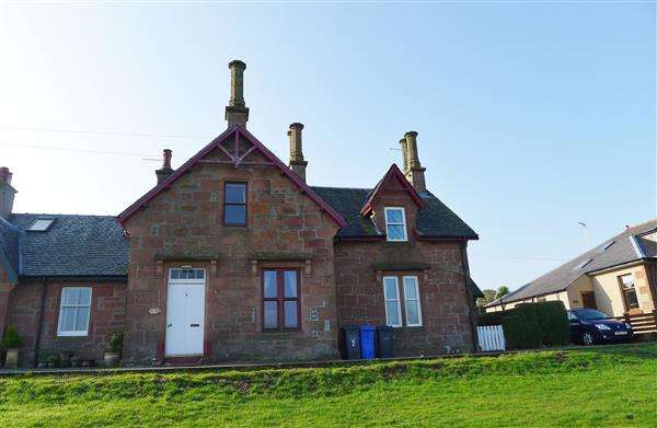 4 Bedrooms Terraced House for sale in Alma Terrace, Brodick