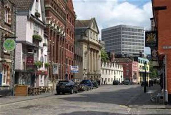 Office Commercial for rent in King Street, Bristol