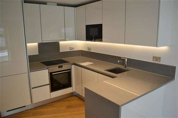 1 Bedroom Apartment Flat for sale in Dickens Yard, Ealing