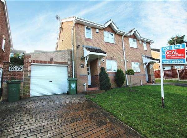 2 Bedrooms Semi Detached House for sale in Grangeway, Hemsworth
