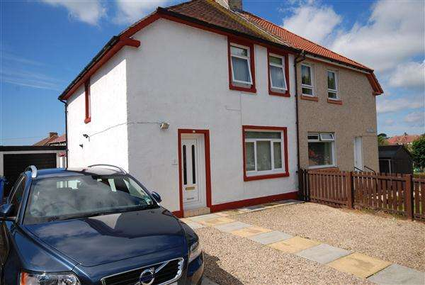 3 Bedrooms Semi Detached House for sale in Garnock View, Kilwinning