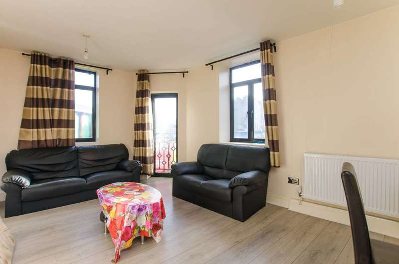 4 Bedrooms Flat for sale in London Road, Norbury, SW16