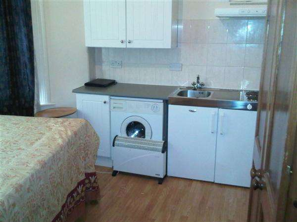 1 Bedroom Apartment Flat for sale in Riggindale Road, London
