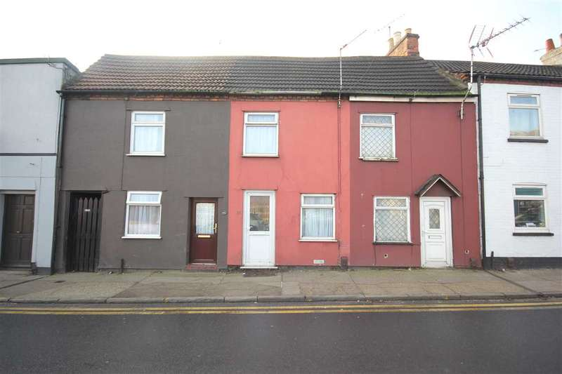2 Bedrooms Terraced House for sale in Magdalen Street, Colchester