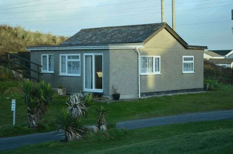 3 Bedrooms Property for sale in Riviere Towans, Hayle