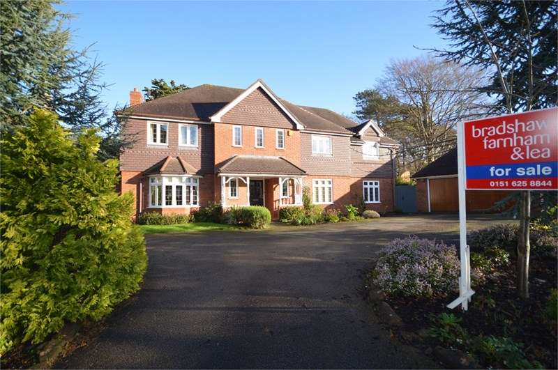 5 Bedrooms Detached House for sale in Holm Hill, West Kirby